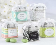 Unexpected Treasures! Favor Tin with Pre-Tied Organza Bow  (Set of 12) 14030NA