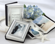 Little Book of Memories Place Card Holder/Mini Photo Album 16009SV