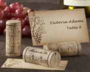 Maison du Vin Wine Cork Place Card/Photo Holder with Grape-Themed Place Cards (Set of 4) 25055NA
